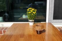 국화와 커피한잔
