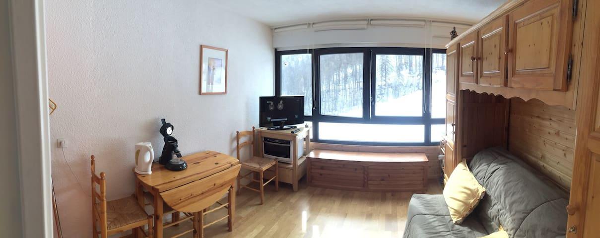 Studio avec garage pied des pistes - Puy-Saint-Vincent - Huoneisto