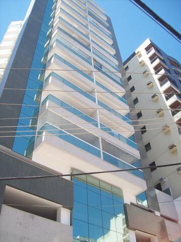 Apartamento a 100 metros da Praia Castanheiras