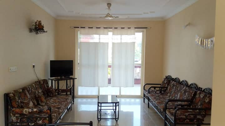 Furnished apartment with terrace,kitchen,wifi