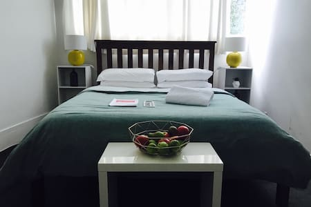 Auckland Central-Double Room-Free Wifi - Auckland - Huoneisto