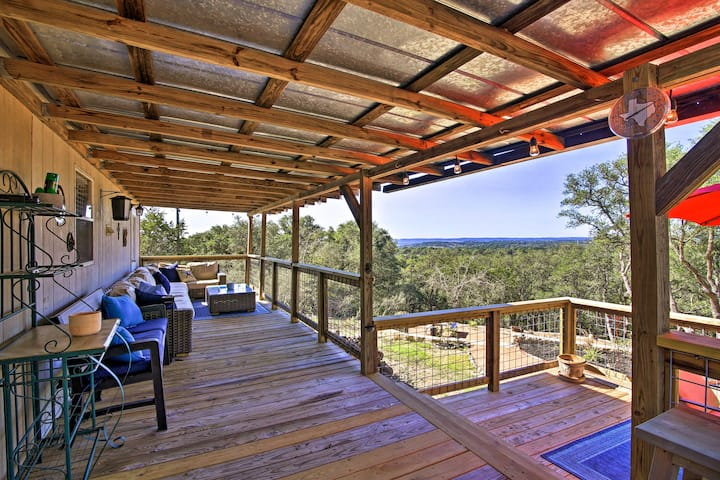 Private Hill Country House w/Deck on 7 Acres!