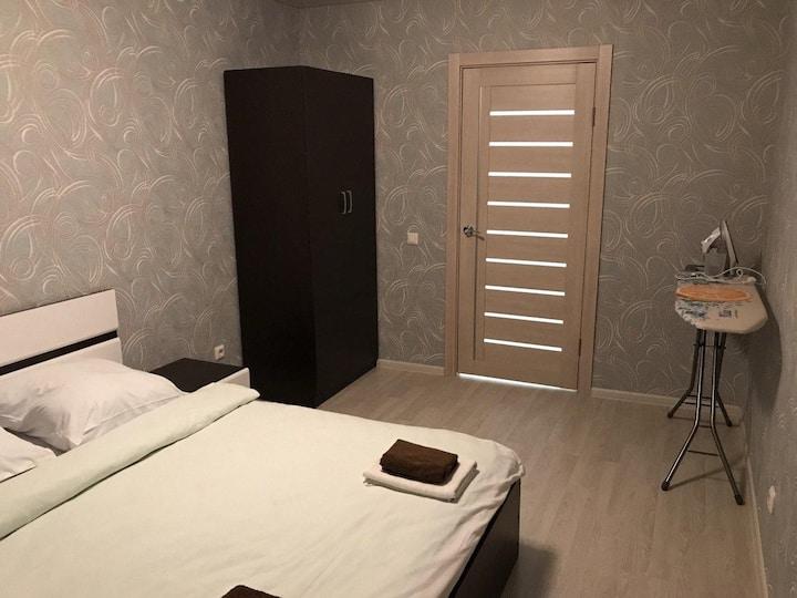 """Апартаменты """"Две Подушки"""" на Южакова 3"""