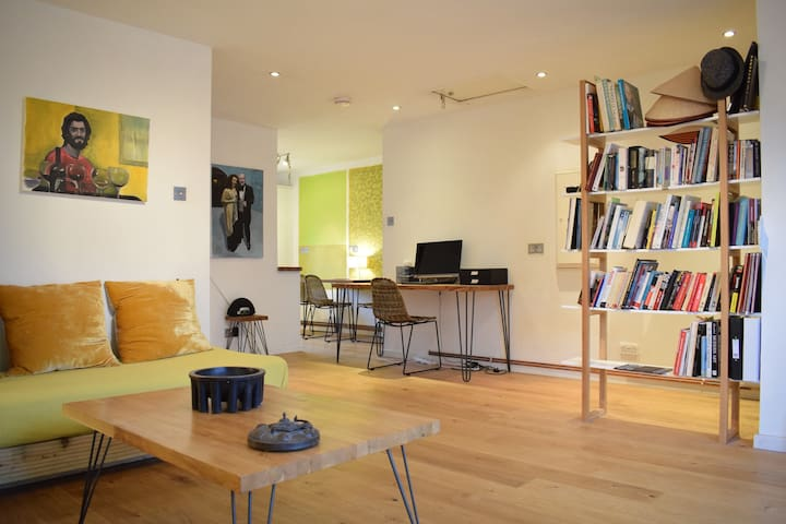 Beautiful Artist's 1 Bed Flat in Limehouse - London - Apartment
