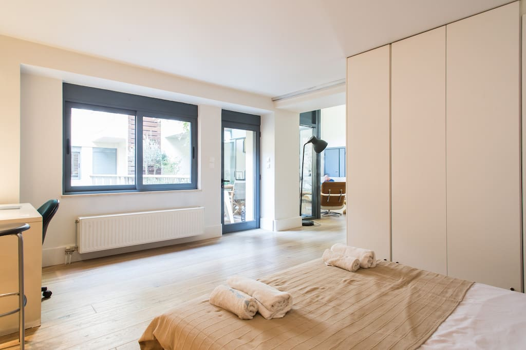 your room has plenty of natural light