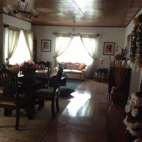 tuhabitacion Grecia en Costa Rica - Crecía  - Apartament