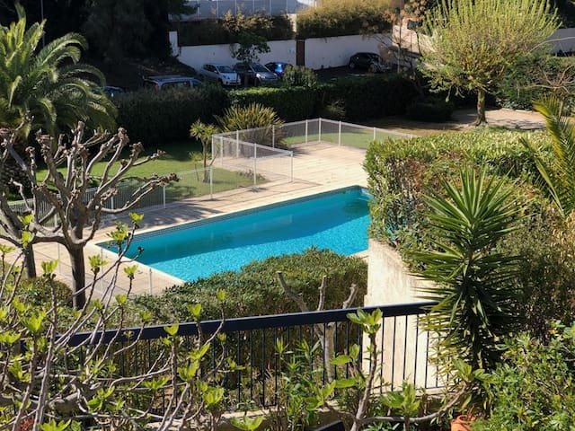 2/3-ROOM DUPLEX APARTMENT * WITH TERRACE POOL IN HIGH STANDING RESIDENCE / 6 PERS.