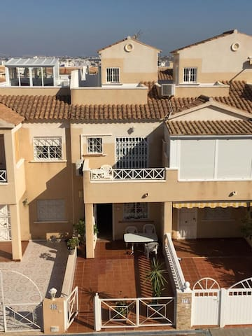 Torrevieja 2 bedroomed town house with pool