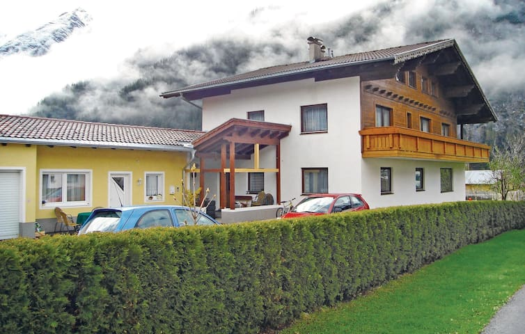 Holiday apartment with 8 bedrooms on 480m² in Holzgau