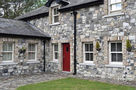 Alensgrove Cottages No. 03