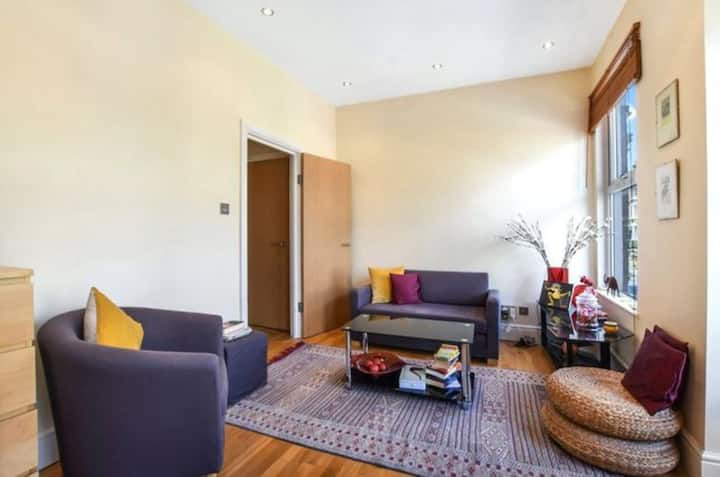 Lovely 1 Bedroom Flat Hampstead Heath/Belsize park