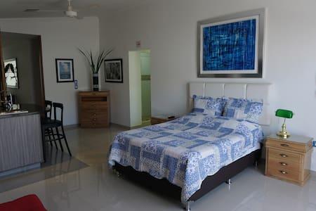 Apartamento Nuevo Amoblado en el Centro 304 - Pereira - Σοφίτα