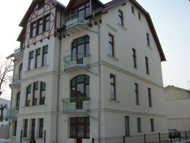 Exklusive 60 m2 Ferienwohnung - Ahlbeck - Condominium