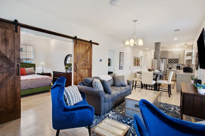 Enchanting NOLA with Private Patio, minutes to FQ
