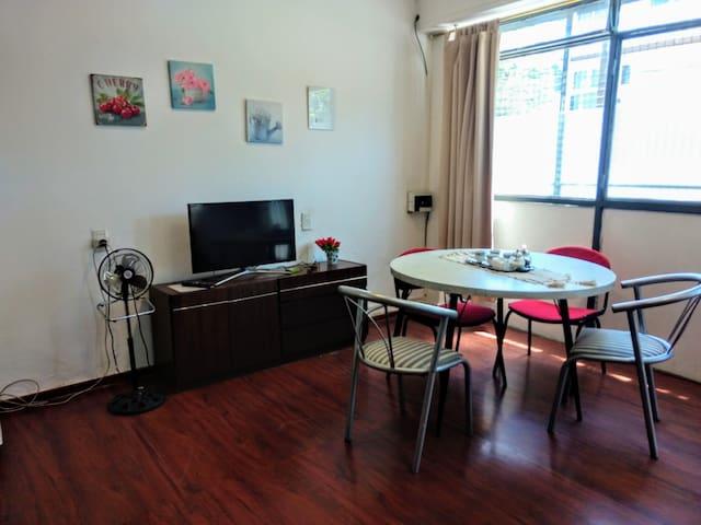 Airbnb José María Bedoya 1001 Vacation Rentals Places