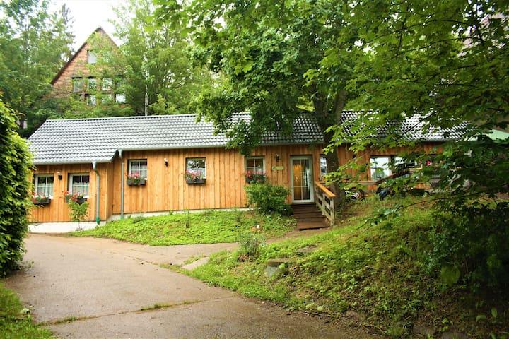Ferienhaus mit Pergola für den Familienurlaub