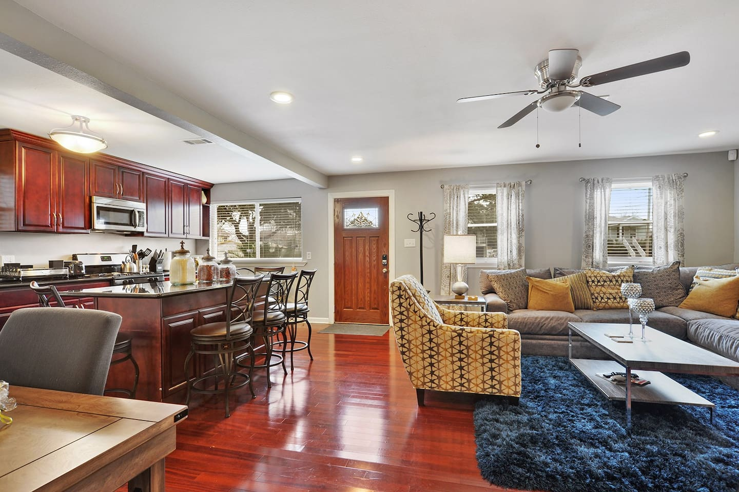 Don't miss out on this New Orleans Gentilly Gem! Kitchen opens to family room for ultimate convenience and large, open space.