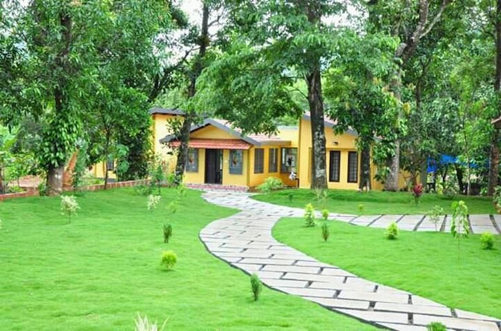 Wayanad Wild Orchid Cottages I (With Meals)