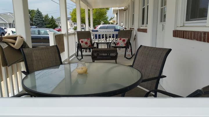 Comfy LBI Condo close to beach & bay