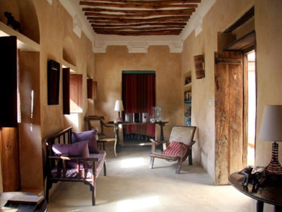 Ttunu House lounge area on first floor