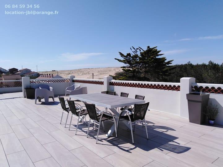 Appartement avec très grande terrasse panoramique