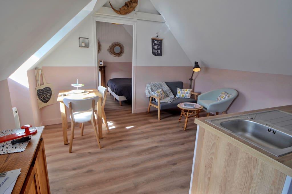 les madeleines le plaisir chic et charme maisons de ville louer carolles normandie france. Black Bedroom Furniture Sets. Home Design Ideas