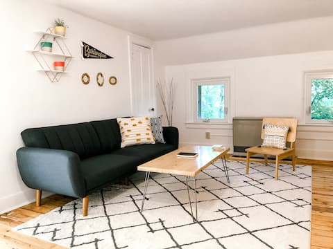 Winooski Farmhouse, Updated Unit Steps to Downtown