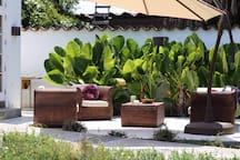 The private terrace.