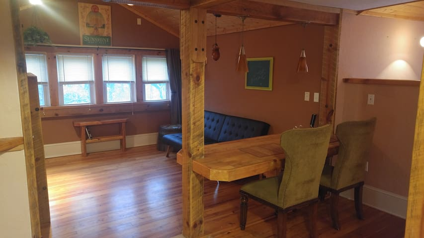 Beer City Room - Heart of West Asheville! - Asheville - Bungalow