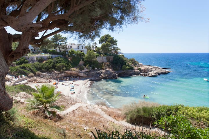 Apartment Mallorca Beachfront and Incredible Views - Llucmajor - Apartamento