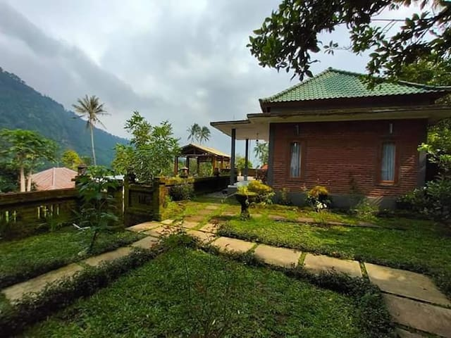 Sekumpul authentic house I