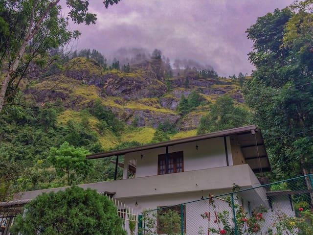 Rooms For Rent In Elkaduwa-Near By Sembuwatta Lake