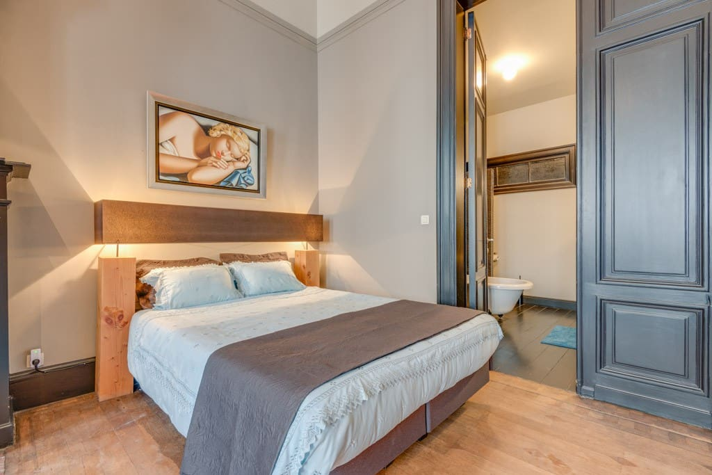 Historical suite with a balcony in city centre chambres - Chambre d hotes bruxelles centre ville ...