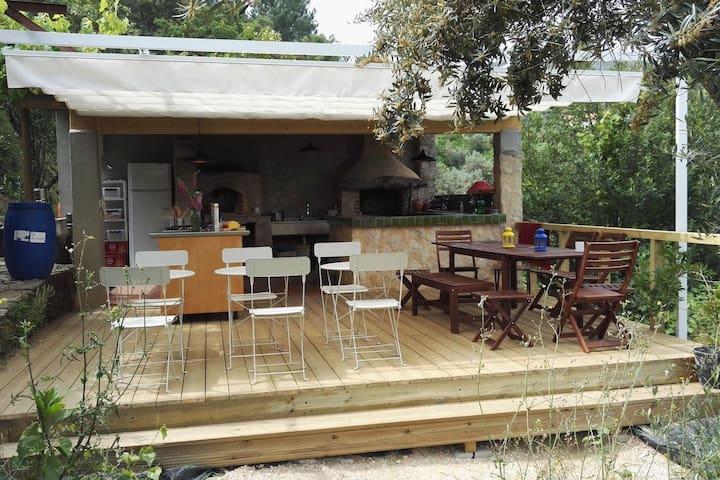 Orange Tree Bell Tent w/ private outdoor bathroom