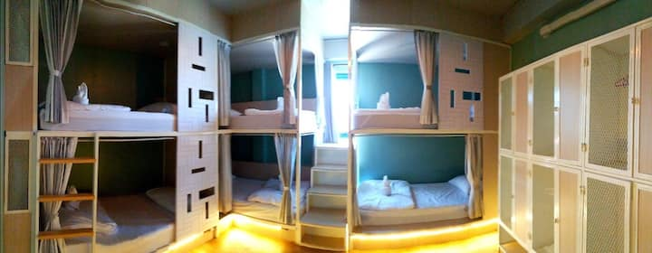 Busket Hostel:6 Bunk Bed Room