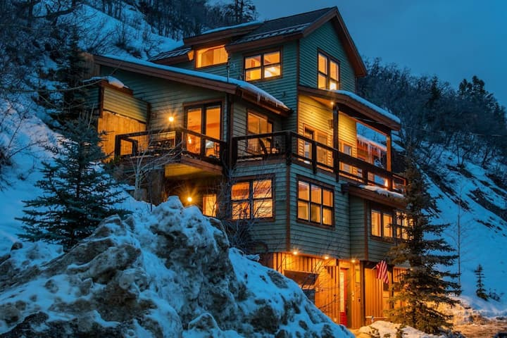 Main St, Elevator, Ski-in Deer Valley, ski lessons