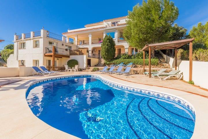 Stunning Villa with Panoramic Views