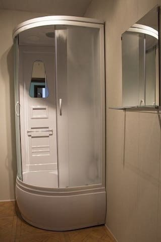6X Кровать в общем 6-местном номере для муж и жен. Bed in 6-beds mixed dormitory room