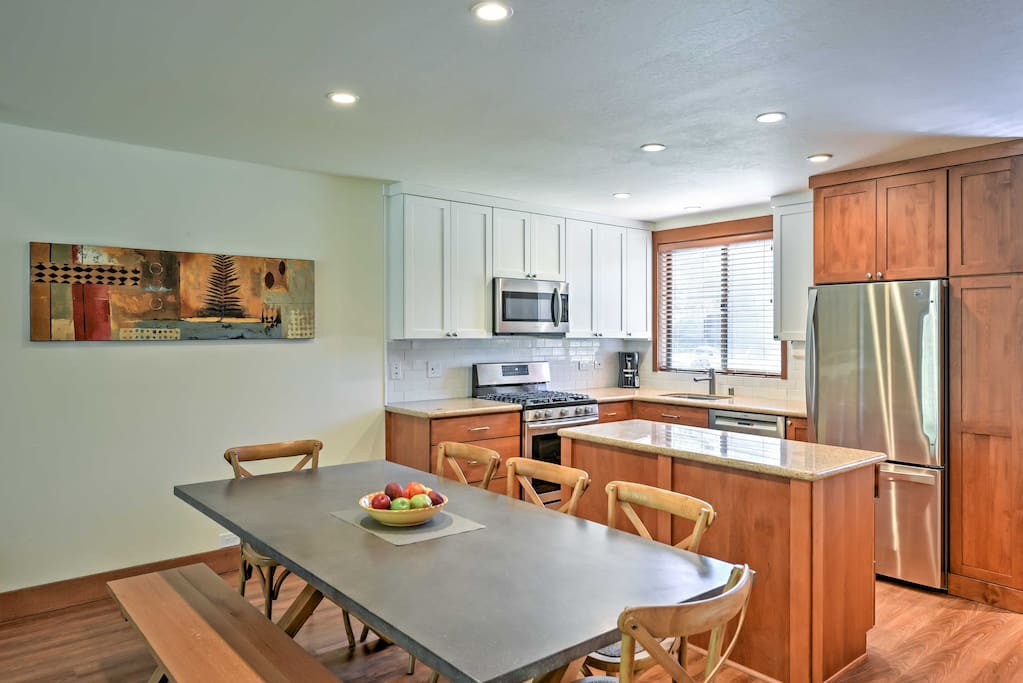 Prepare a home-cooked meal in this fully equipped kitchen.