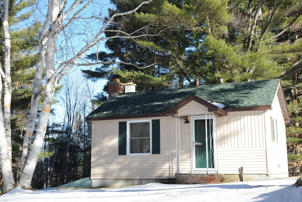 Lil 39 knotty pine cabins for rent in wilmington new york for Wilmington ny cabin rentals