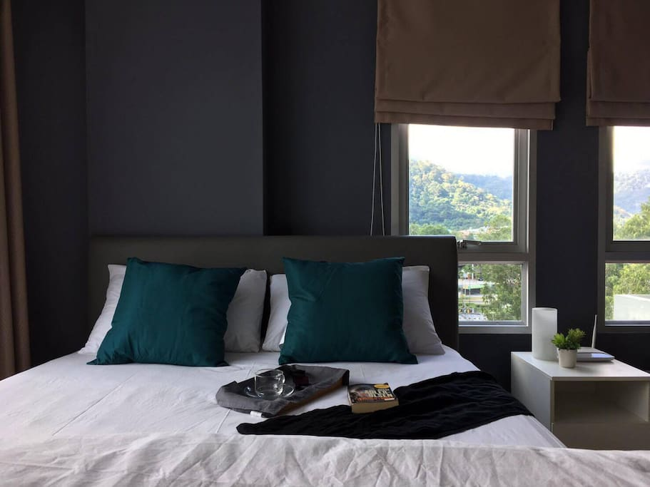 Bed and Linens