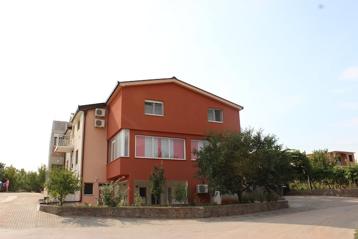 CasaBevanda- Accommodation