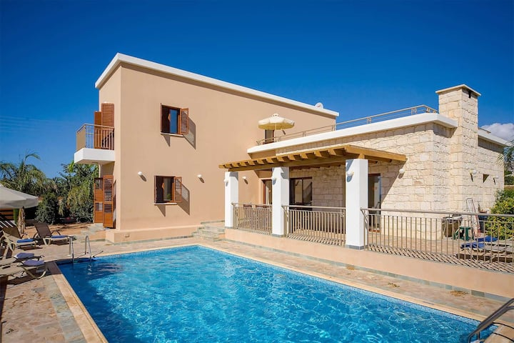 Villa Coral Olympus Hera | Four Bedroom Villa with Private Swimming Pool