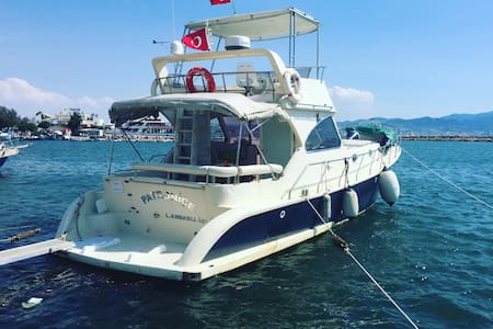 Cesme luxury Yach For Rent - Çeşme