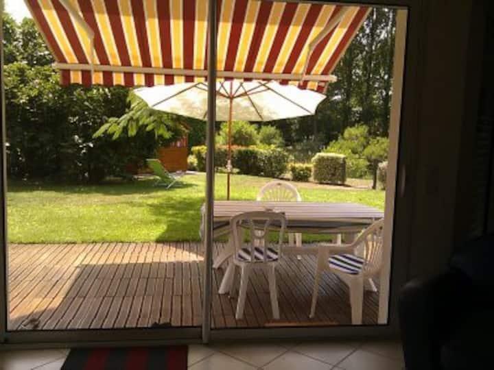 Bel appartement 100m2 avec jardin