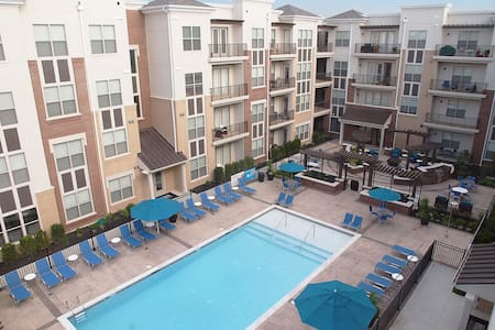 2 Bed & 2 Bath Furnished Apt. - 49 Hundred - Blue Ash