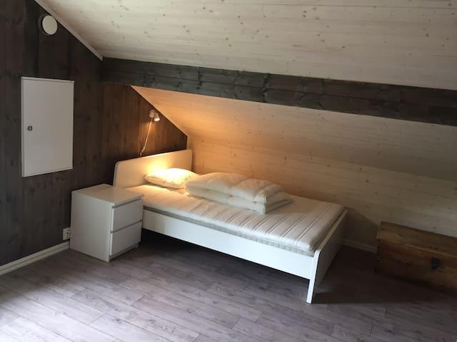 Bed 6. 2.floor.