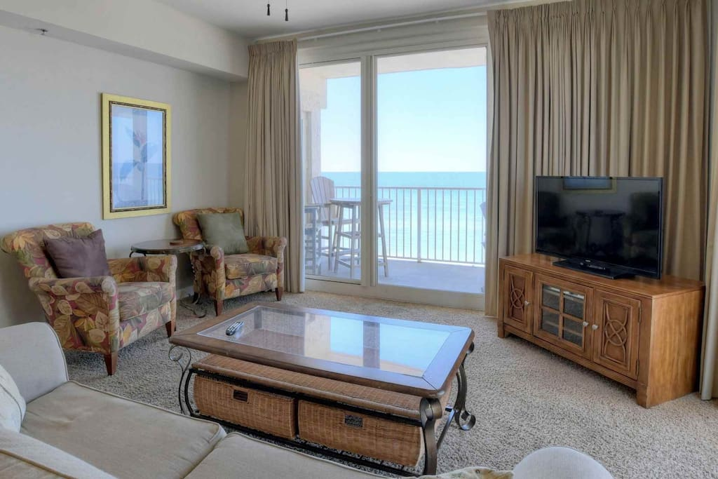 Floor to ceiling windows to enjoy the Gulf of Mexico from your Living Area