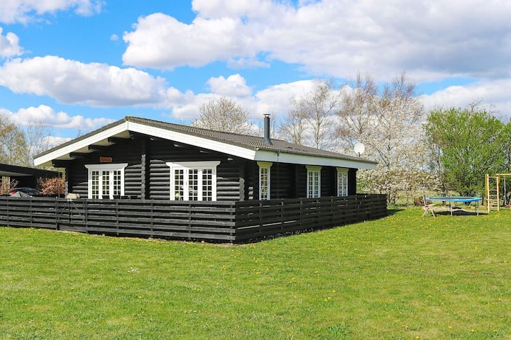Modern Holiday Home in Hadsund with Whirlpool