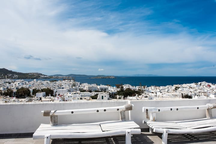 IN THE HEART OF MYKONOS DOWN TOWN